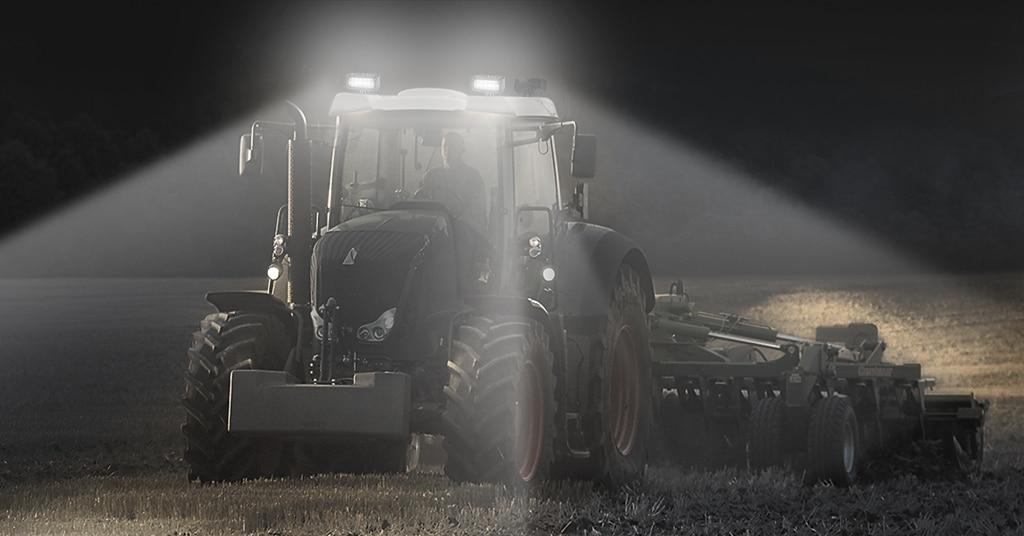 Arbeitsscheinwerfer Traktor