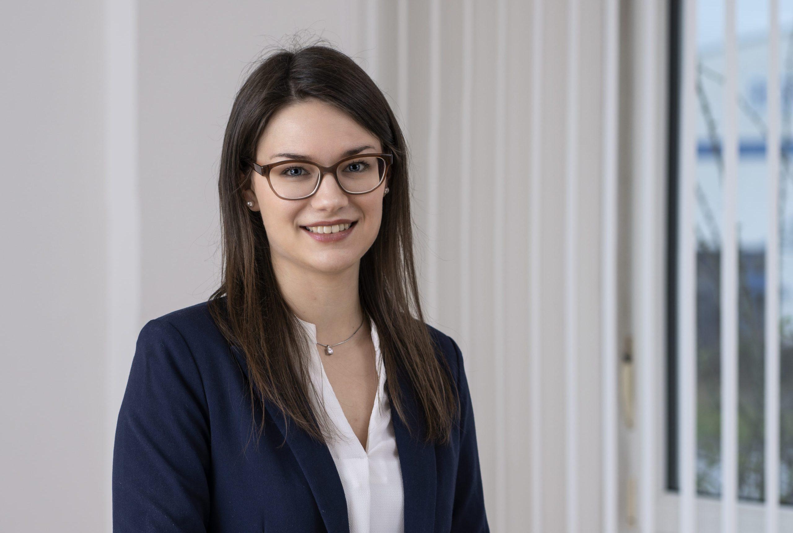 Jennifer Schwier - Auftragsabwicklung DE