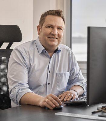 Timo Hübner - Logistik